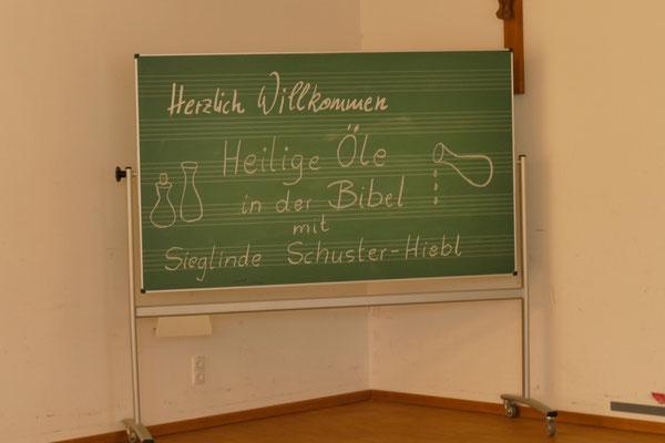 Heilige Öle in der Bibel mit Sieglinde Schuster-Hiebl