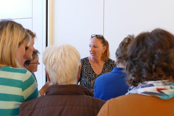 """Die Kneipptherapie –mehr als nur ein bisschen Wasser """" verpritscheln""""… mit Carmen Raasch"""