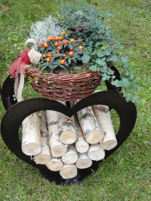Holzstapelherz, in 3 Grössen pulverbeschichtet in kupfer