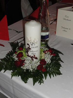 Kranzgesteck für die Hochzeitskerze