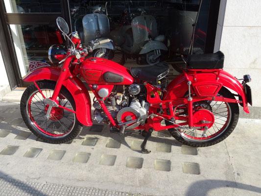 Moto Guzzi Airone 250 del 1949