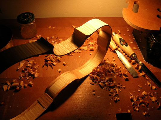 J. De Saedeleer luthier Bruxelles