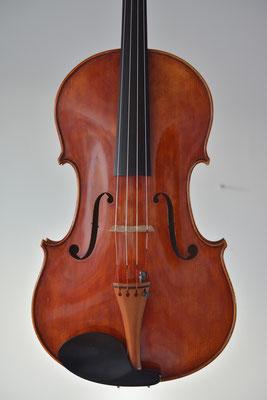 Viola R. Hautin, 1987. Belly.