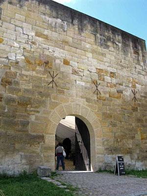 © Traudi – Wäschenbeuren, Wäscherschloss., Eingang zum Schlosshof