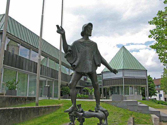 "© Traudi  -  Skulptur: Peter Gaiß (""Armer Konrad"" - siehe: http://de.wikipedia.org/wiki/Armer_Konrad"