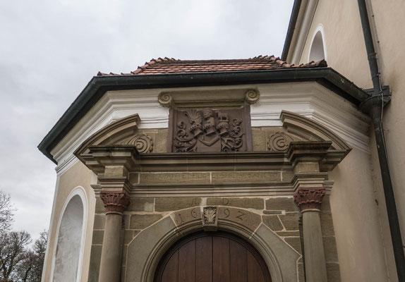 © Traudi - Eingang zur Katharinenkapelle