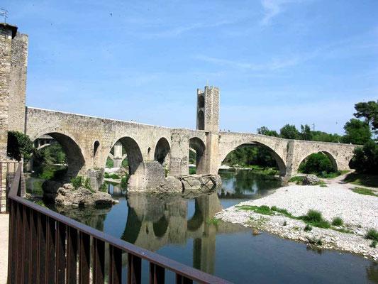 Besalu, Pont fortificat - ©Traudi