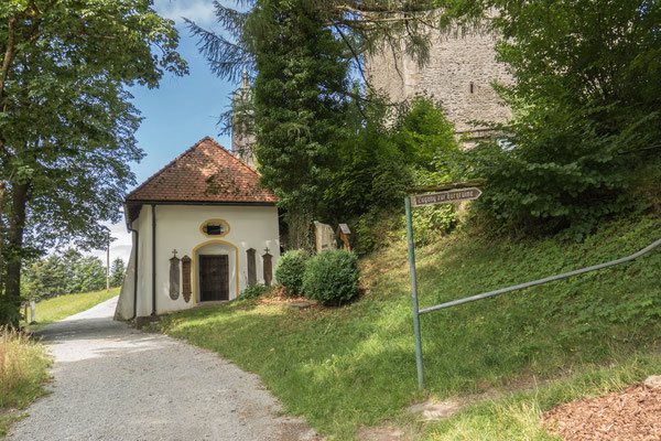 © Traudi - hier gehts lang, vorbei an der Kapelle