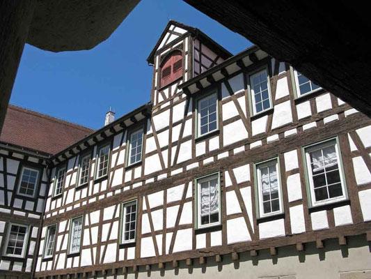 Burgschloss Schorndorf, Hausfassade Innenhof  -  © Traudi