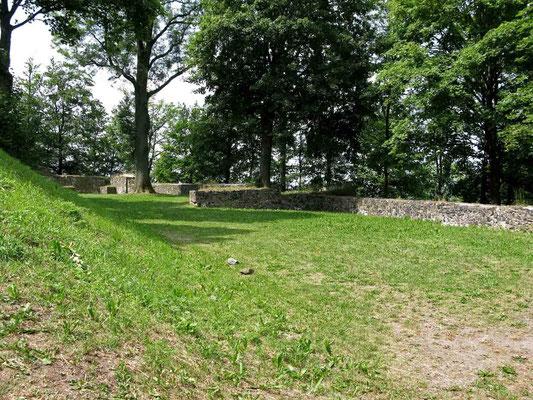 © Traudi – Parkstein, Mauerreste aus dem Mittelalter