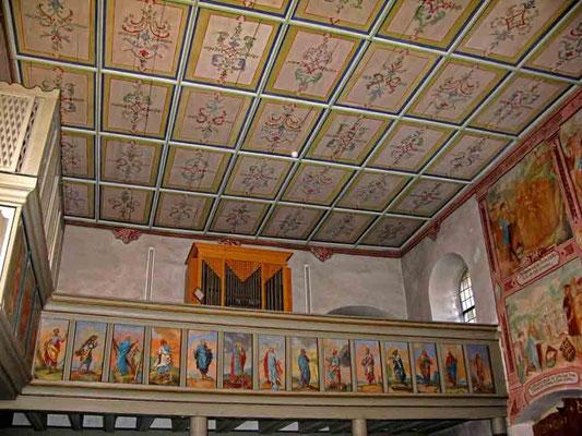 ©Traudi *** Ulrichskapelle, Orgel mit Deckengemälden