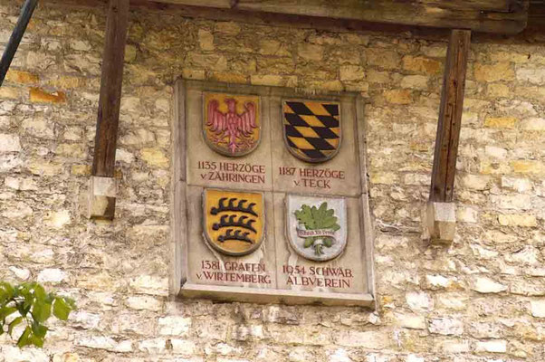 © Traudi   -  Wappen am Burgtor