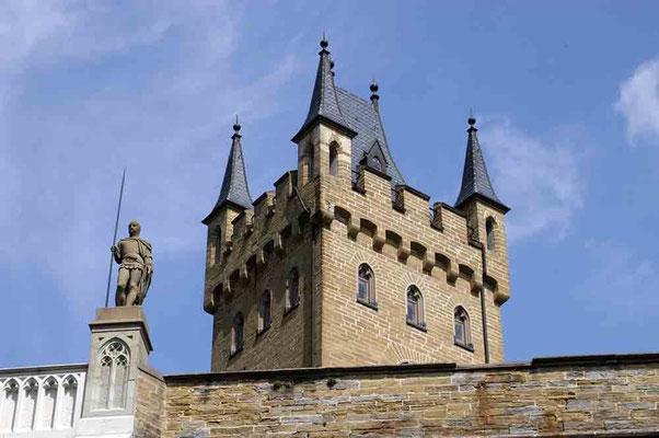 Foto 2004 (c) Traudi / Wehrturm mit Wächter