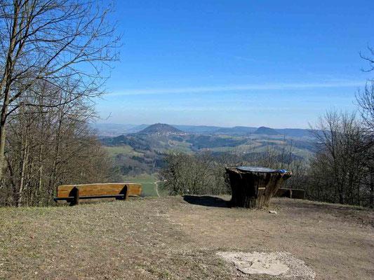 © Traudi - Blick zu den anderen zwei Kaiserbergen Rechberg (links) und Stuifen (rechts)