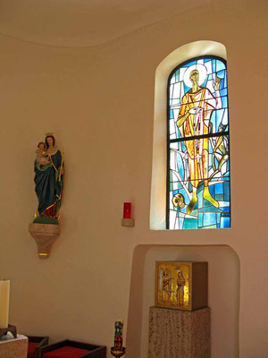 © Traudi - buntes Glasfenster St. Nikolaus