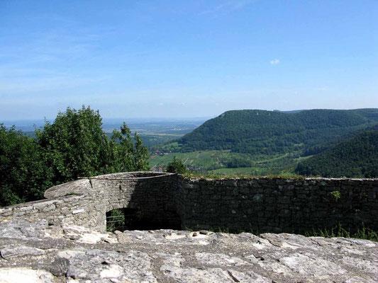 © Traudi – Hohenneuffen, Ausblick zum Beurer Fels