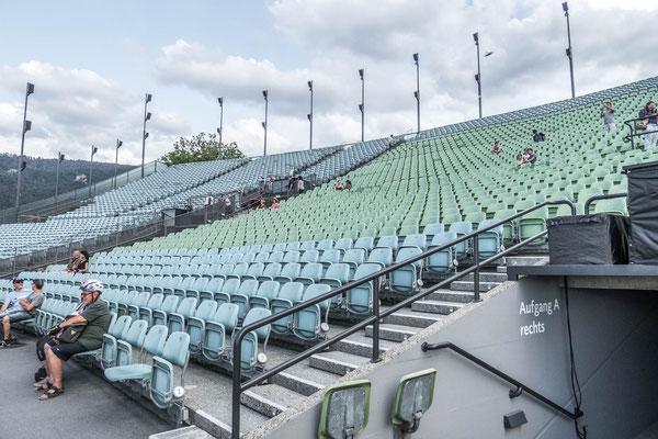 © Traudi - Hier haben 7000 Leute Platz !
