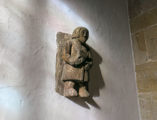 """© Traudi - An der Wand ist das Original vom """"Führer durch die Nacht"""" angebracht. Was mag er wohl in dem geheimnisvollen Kästchen haben?"""