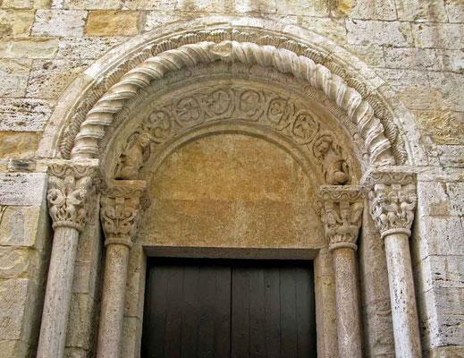 Besalu, Sant Vincenc - ©Traudi