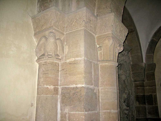 Kloster Denkendorf,Vorhalle, Kapitelle + Adler, - © Traudi