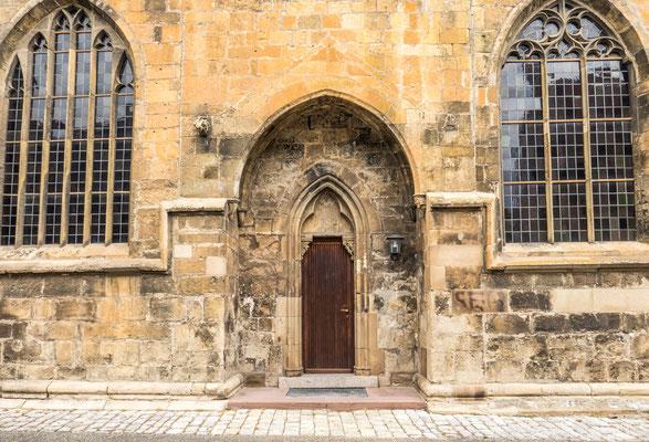 © Traudi - weiterer Eingang am Südportal