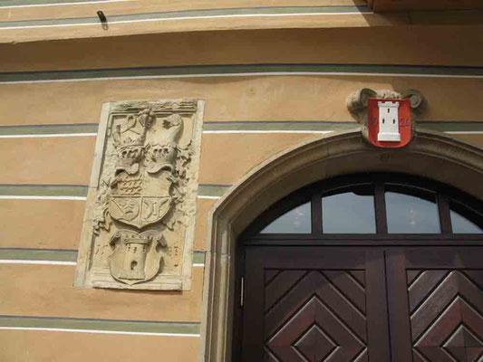 09.06.2010 (c) Traudi   -  Wappen am Rathaus