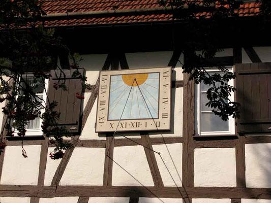 Kloster Denkendorf, Sonnenuhr © Traudi
