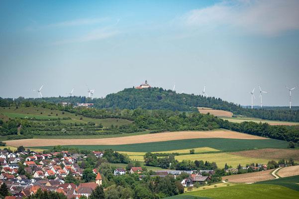 © Traudi - Ausblick zum Schloss Baldern