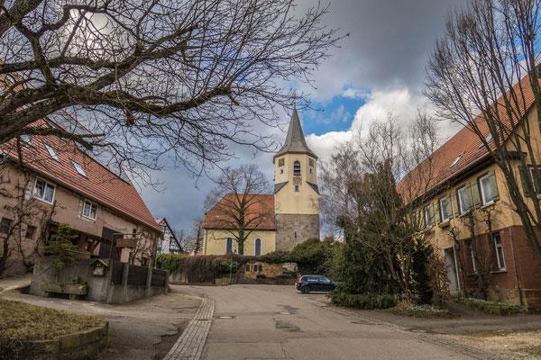 © Traudi - Oberwälden - Hauptstraße mit Blick auf die St.-Nikolaus-Kirche