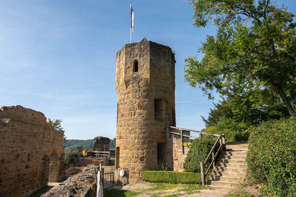 © Traudi - Der südöstlliche Turm des nicht erhaltenen Hauptgebäudes