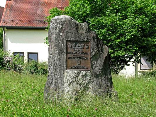 © Traudi - Ehrenmal zum Gedenken der Heimatdvertriebenen
