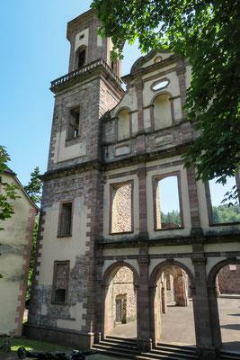 © Traudi - Westfassade der Klosterkirche