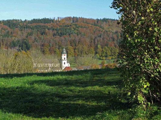 © Traudi - Blick von der Lourdeskapelle zur Kirche St. Michael