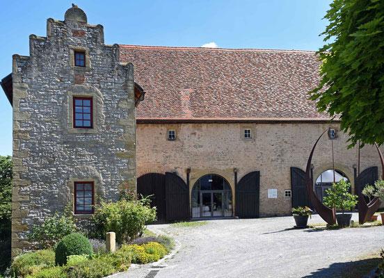© Traudi - Wirtschaftsgebäude des Unteren Schlosses