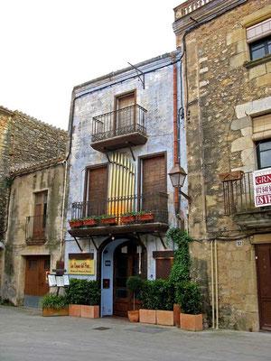 © Traudi - Orgelpfeifen in Peratallada, Katalonien