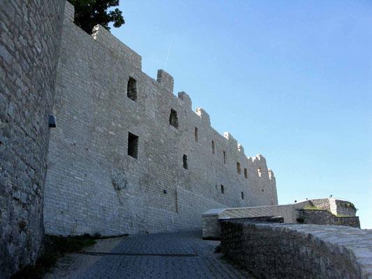 © Traudi – Hohenneuffen, Aufgang zur Burg