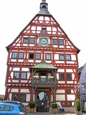 ©Traudi / Rathaus, ursprünglich Kaufhaus der Stadt. Mittelalterliches  Fachwerk
