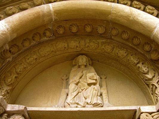 © Traudi - Walterichskapelle, Tympanon mit dem thronenden Christus