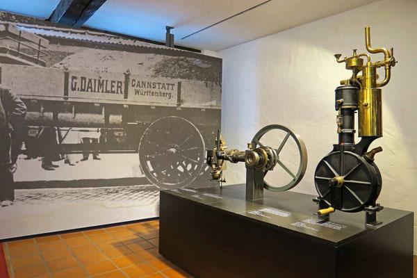 © Traudi - Daimler Motor