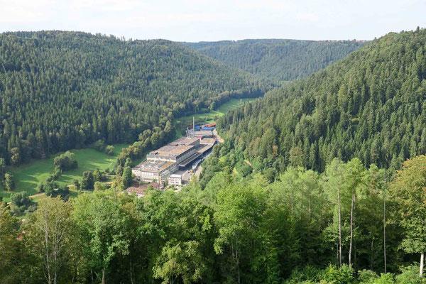 © Traudi - Blick zum Bad Teinacher Sprudel-Werk