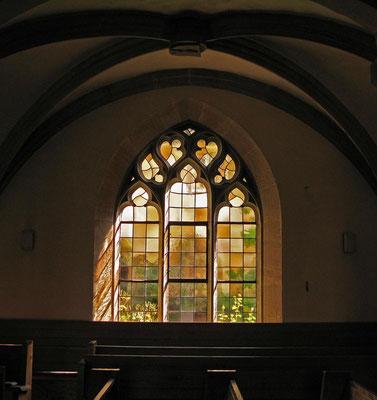 Kloster Denkendorf, Glasfenster zum Klostergarten © Traudi