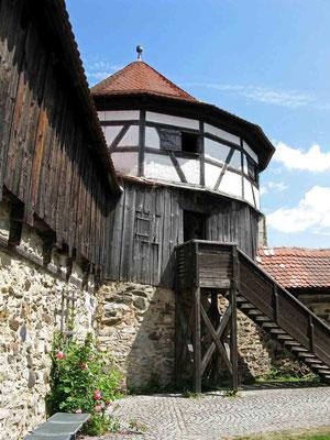 © Traudi – Burg Hohenberg. Und nun die Treppen hoch in den Turm