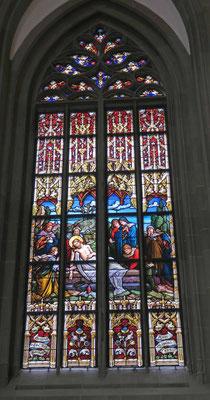 © Traudi -  Die Gläser für dieses Fenster wurden noch wie im Mittelalter mit dem Mund geblasen.