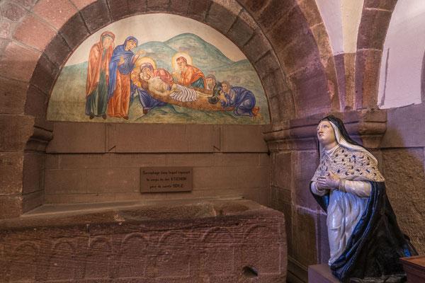© Traudi - In diesem ehem. Sarkophag ruhte einst Odilias Vater