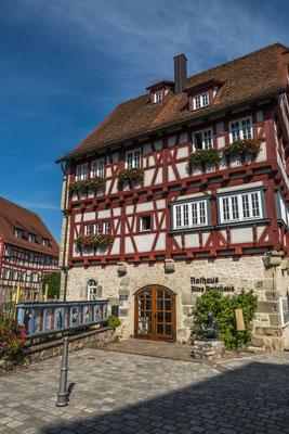 © Traudi - Das alte Amtshaus. Heute befindet sich das Trauzimmer darin