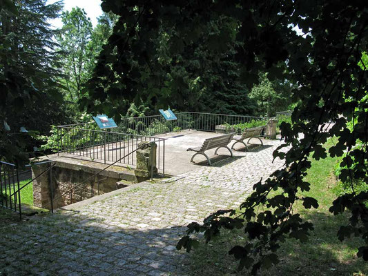 © Traudi – Seracher Schlössle, Arboretum