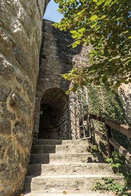 © Traudi - Der Eingang zum Wehrgang im Sixischen Turm