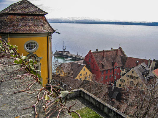 © Traudi - Panoramablick über die Unterstadt, die Alte Burg, den gesamten See und die Alpen