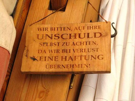 Mittelaltermarkt Esslingen, Schild am Badehaus -  © Traudi
