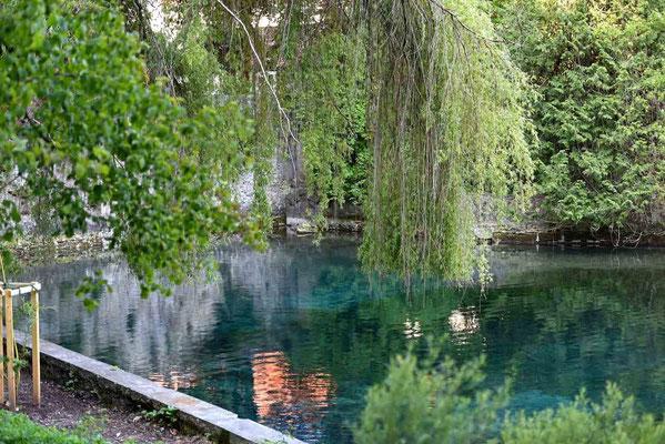 © Traudi - Bei guten Lichtverhältnissen leuchtet das Wasser in den schönsten Grün- und Blautönen.